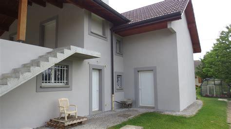 facade gris clair facade maison grise et blanche evtod photos de maisons neuves couleur de l