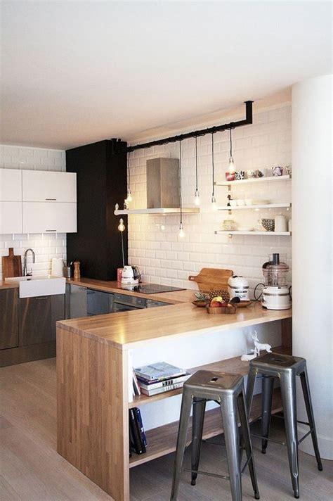 credance cuisine touches de bois dans une cuisine picslovin