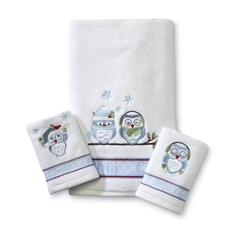 Owl Bath Towel Sets by Colormate Three Winter Owls Towel Set