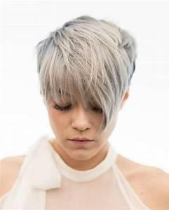 Coupe Courte De Cheveux Femme : coupe de cheveux femme courte avec frange coiffures populaires ~ Dallasstarsshop.com Idées de Décoration