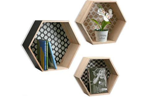cuisine en bois pas cher set de 3 étagères hexagonale style scandinave en bois peps
