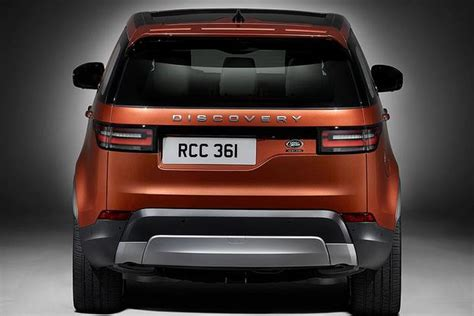 discovery land rover back the land rover discovery 39 s rear end is bizarrely