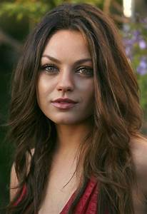 Mila Kunis Hot Pics Hollywood Celebrity Hot Wallpapers