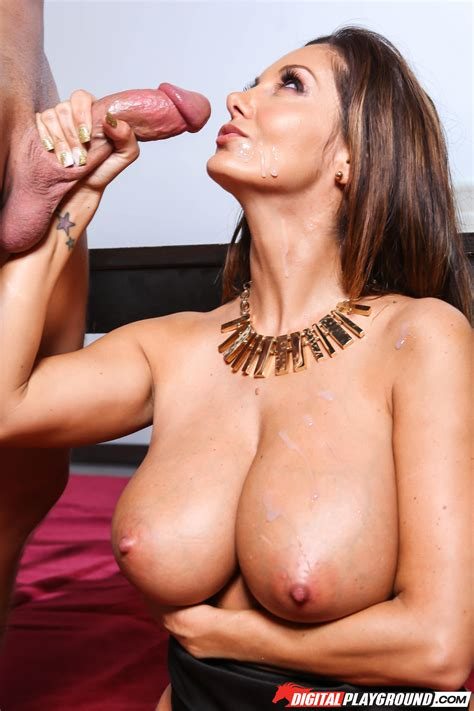Busty Woman Looks Better When Completely Naked Photos Ava Addams Milf Fox