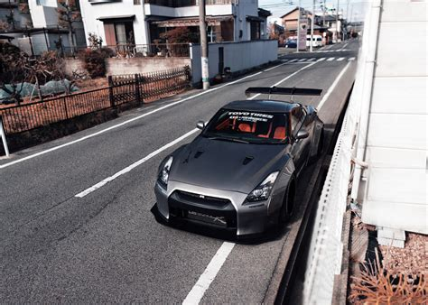 Iphone Widebody Gtr Wallpaper by Nissan Gt R Hd Wallpaper Background Image 2048x1463