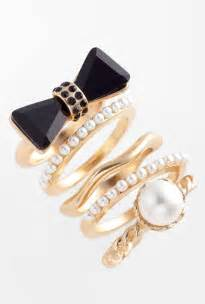 wedding trends gold sliver stackable rings for