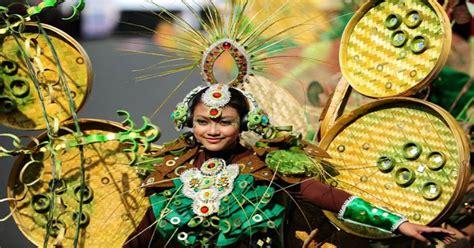 awalnya karnaval keluarga jember fashion carnaval