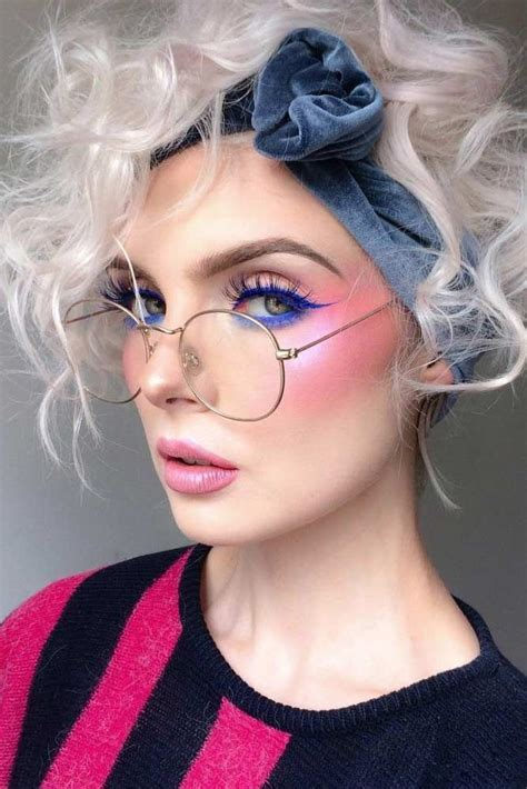 makeup trends    differentiate  bright eye makeup  makeup trends