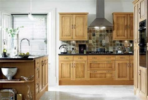 Steps To Choose Kitchen Paint Colors With Oak Cabinets