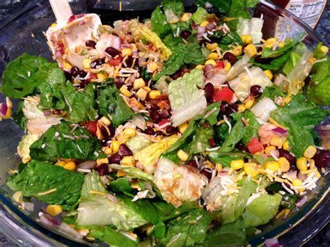 Jen's Recipes: BBQ Chicken Salad (like Zupas')
