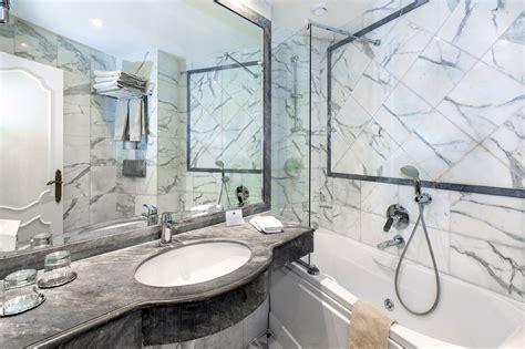 photo salle de bain hotel de luxe chambre de luxe avec vue hotel eiffel trocadero
