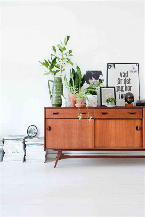 Living Room Credenza by 15 Modern Ways To Style Your Credenza