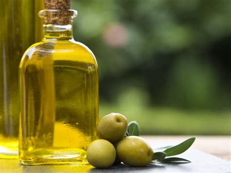 How to avoid buying rancid or counterfeit olive oil ...