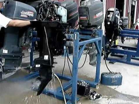 Mercury Outboard Motor Knocking Noise by 2001 Bigfoot Mercury 60 Hp Motor Bad Wristpin Crank C