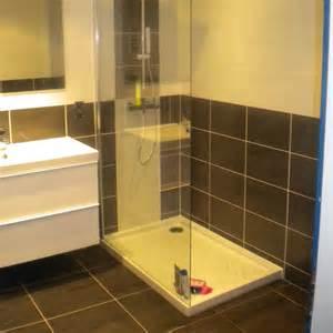 pose carrelage salle de bain a italienne