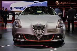 Giulietta Alfa Romeo : 2017 alfa romeo giulietta gets modest updates ~ Gottalentnigeria.com Avis de Voitures