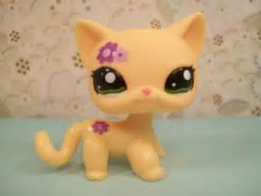 lps cat purple petals cat 1962 littlest