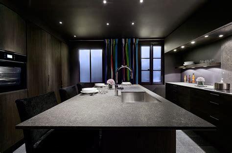 cuisine contemporaine avec ilot central cuisine en bois moderne et traditionnelle