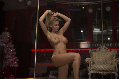 Rosy Maggiulli Nude And Sexy The Fappening 131 Photos