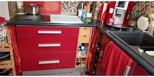 Ikea Küche Abstrakt : gro e ikea faktum k che abstrakt rot hochglanz m sehr viel zubeh r alles in rot in remscheid ~ Markanthonyermac.com Haus und Dekorationen