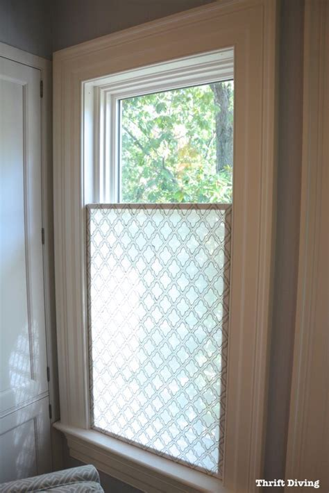 Bathroom Window Curtain Valance by How To Make A Pretty Diy Window Privacy Screen Diy