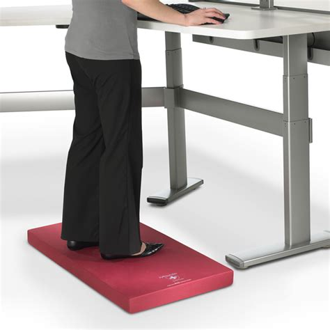 anti fatigue floor mat for standing desk are anti fatigue mats helpful when you work at a standing