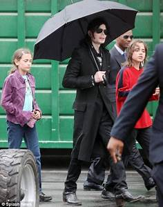 'No, Daddy, No!' screamed Michael Jackson's children as ...