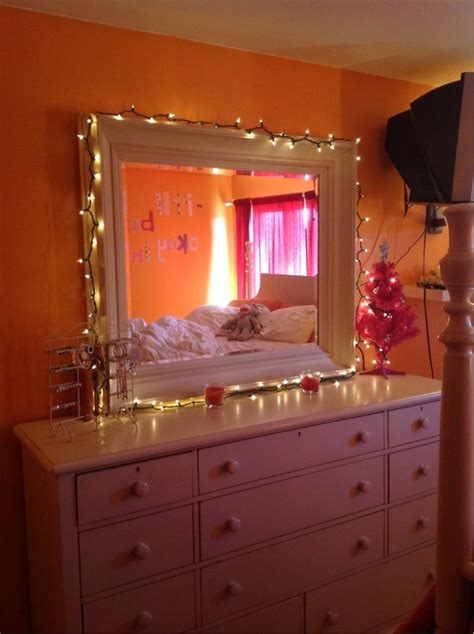 bedroom mirrors with lights around them lights around mirror above dresser bedroom pinterest 20275 | 6ed6eeade29ab52ff944a945c35f043e