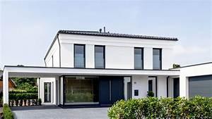 Stadtvilla Mit Garage : moderne stadtvilla mit doppel garage in glandorf schwege ~ A.2002-acura-tl-radio.info Haus und Dekorationen