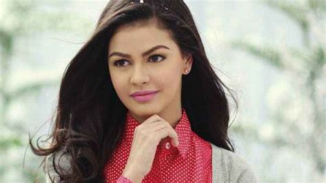 janine gutierrez real age official road to binibining pilipinas 2014