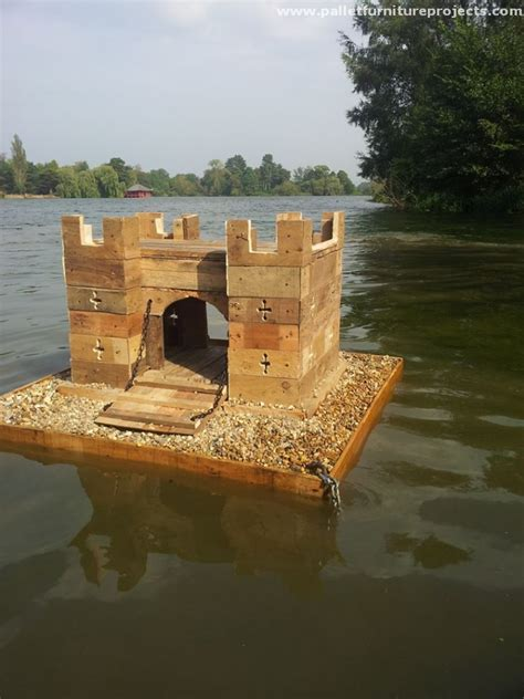 duck island   pallets pallet furniture projects