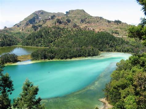 wisata pegunungan dieng world tourism indonesia