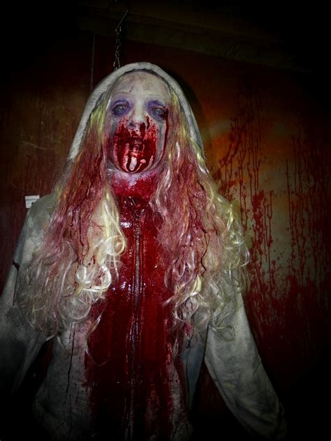 dead bloody props haunted pig prop creepycollection demi hanging