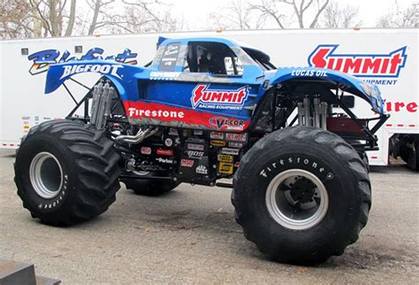 new bigfoot monster truck themonsterblog com we know monster trucks bigfoot 4 4