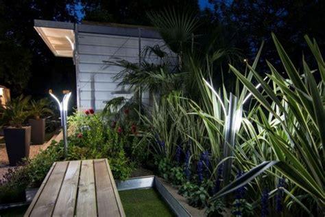 Illuminazioni Esterne Da Giardino Illuminazione Giardino A Led Da Esterno Di Design