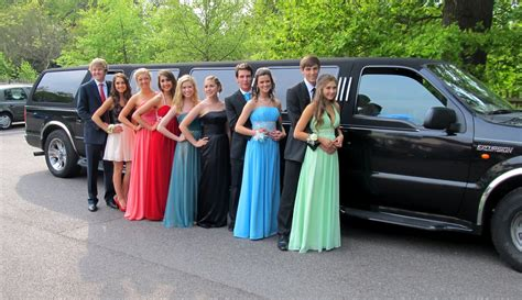 Prom Limo Service best prom limo and car service in arlington alexandria