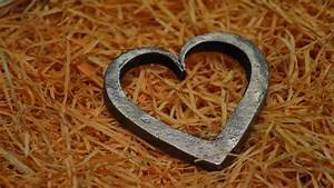 Blacksmithing - Forging A Heart