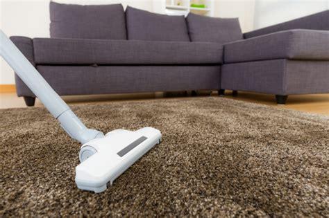 Teppich Sauber Machen by Wollteppich Reinigen Wie Mache Ich Das Richtig