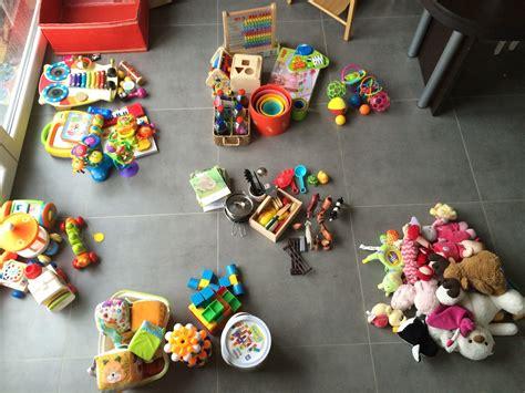 cuisine jouet organiser la rotation des jouets de bébé montessori à ma