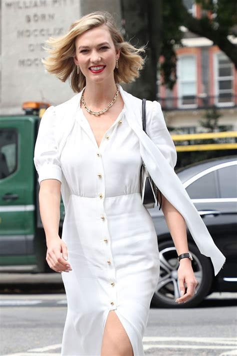 Karlie Kloss Arriving Vogue House London
