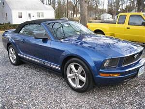 Sell used Ford Mustang GT 300 in Louisville, Kentucky, United States, for US $2,000.00