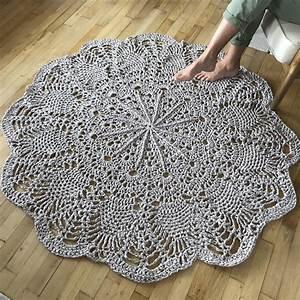 Tapis En Crochet : kit crochet tapis g ant chouette kit ~ Teatrodelosmanantiales.com Idées de Décoration