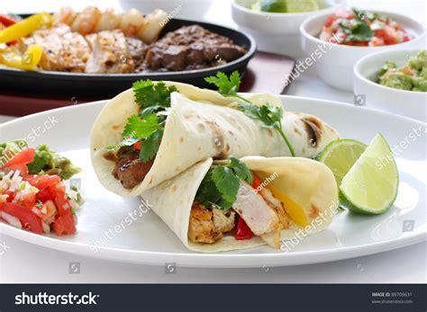 what is tex mex cuisine beef chicken and shrimp fajitas cuisine tex mex
