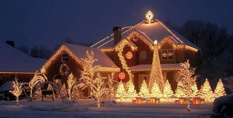 Outdoor christmas lights pinterest democraciaejustica a collection of pinterest outside house christmas lights aloadofball Images