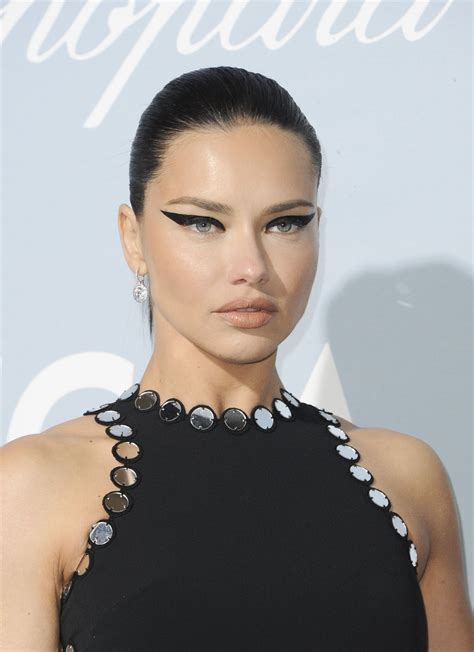 Adriana Lima Hollywood For Science Gala