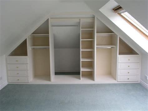 einbauschrank schlafzimmer dachschräge 1001 ideen f 252 r einbauschrank f 252 r dachschr 228 ge tolle designs