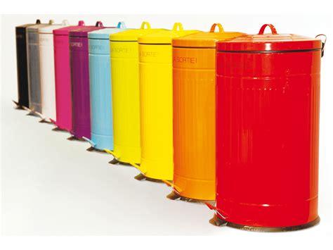 poubelle en bois cuisine poubelle recyclage cuisine dootdadoo com idées de