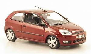 Ford Fiesta 2002 : ford fiesta 2002 met red minichamps diecast model car 1 ~ Melissatoandfro.com Idées de Décoration