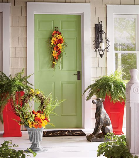 Front Door And Porch Ideas by Warm And Welcoming Front Porch Decorating Ideas