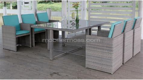 ensemble table et chaises de jardin 6 places pour ce salon de jardin en résine tressée